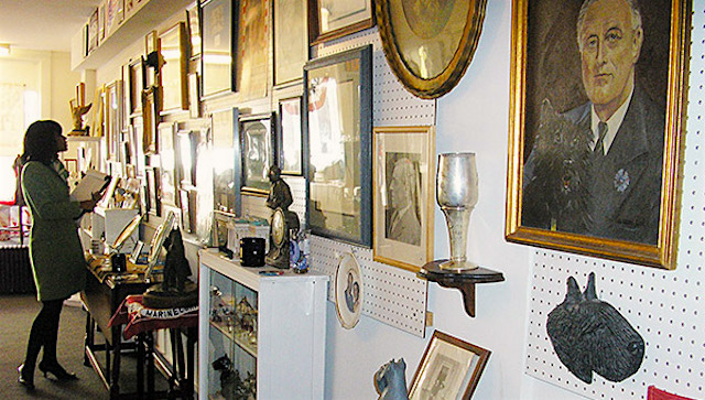 The Presidential Pet Museum housed the world's largest collection of presidential pet memorabilia.